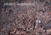 il centro urbano in una veduta aerea  - Bronte (5016 clic)