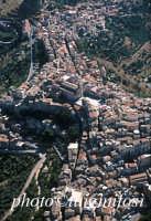 il centro urbano in una veduta aerea  - Centuripe (5484 clic)
