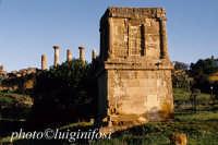valle dei templi, tomba di terone  - Agrigento (2783 clic)