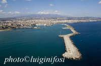 veduta aerea della bocca del porto  - Catania (2535 clic)