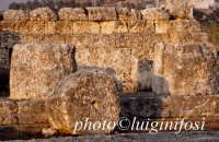 il tempio  - Hymera (3762 clic)