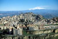 veduta aerea del centro urbano e dell'etna  - Enna (7087 clic)