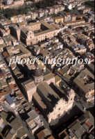 ... veduta aerea del centro storico di Militello   - Militello in val di catania (4149 clic)