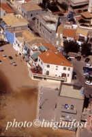 veduta aerea della torre e della casa di montalbano a punta secca  - Punta secca (7240 clic)