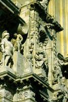 la chiesa madre, particolare del prospetto  - Sortino (1970 clic)