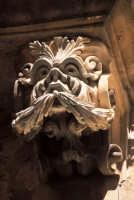 particolare di una mensola di palazzo Cosentini a Ibla  - Ragusa (2224 clic)