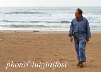 piero guccione sulla spiaggia di sampieri  - Sampieri (2764 clic)