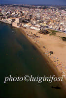 veduta aerea della spiaggi di pozzallo e della torre cabrera  - Pozzallo (5548 clic)