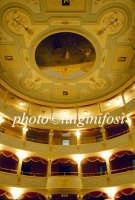 interno e volta del teatro comunale Garibaldi  - Modica (3651 clic)