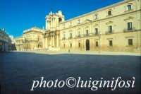 piazza duomo   - Siracusa (1402 clic)