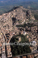 veduta aerea del centro urbano e della torre di federico II  - Enna (6990 clic)