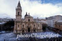 la cattedrale di san giovanni dopo la neve  - Ragusa (2122 clic)