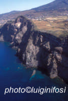 la costa ed il mare di pantelleria nella zona di mursia  - Pantelleria (6452 clic)