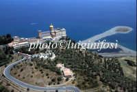 la cattedrale e il promontorio di marinello  - Tindari (10476 clic)