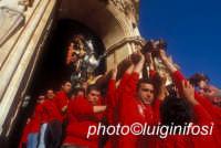la festa di san giorgio - aprile 2006  - Modica (2421 clic)