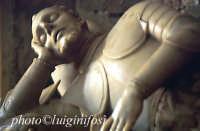 San Francesco - monumento funebre Naselli  - Comiso (2267 clic)