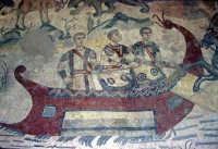 i mosaici della villa romana del casale: scena dalla grande caccia  - Piazza armerina (3785 clic)