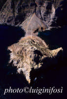 punta troia, sull'isola di marettimo, in una veduta aerea  - Marettimo (3394 clic)