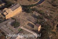 il teatro, il museo e la chiesa di san nicola  - Valle dei templi (2776 clic)