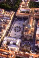 panorama aereo di Palermo - la cattedrale  - Palermo (6627 clic)