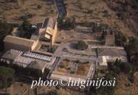 il teatro, il museo e la chiesa di san nicola  - Valle dei templi (3958 clic)