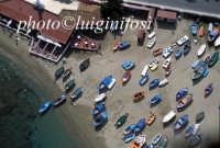 barche sulla spiaggia di giardini naxos  - Giardini naxos (6990 clic)