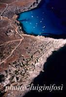 le cave ed il mare di cala rossa  - Favignana (3070 clic)