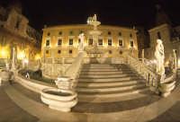 la fontana di piazza pretoria PALERMO Luigi Nifosì