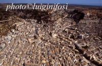 veduta aerea del centro storico  - Scicli (2911 clic)