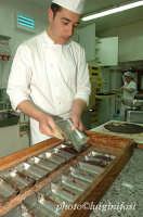 preparazione del cioccolato modicano nel laboratorio Bonajuto   - Modica (3103 clic)