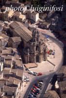 veduta aerea della chiesa di san bartolomeo  - Scicli (4202 clic)