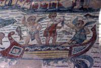 i mosaici della villa romana: scena degli amorini pescatori   - Piazza armerina (3565 clic)