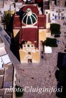 una veduta aerea della chiesa matrice  - Favignana (2852 clic)