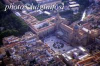 panorama aereo di Palermo - la cattedrale  - Palermo (5872 clic)