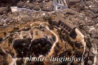 veduta aerea della chiesa di san matteo e del castelluccio  - Scicli (3329 clic)