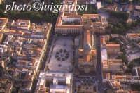 panorama aereo di Palermo - la cattedrale PALERMO Luigi Nifosì