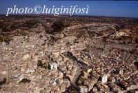 veduta aerea della città  - Scicli (4225 clic)