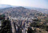veduta aerea della città  - Caltagirone (4759 clic)