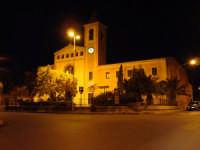 Piazza S.Antonio. Termini Imerese di notte ha un suo fascino tutto particolare, questa è una delle tante mie foto scattate alla città con la mia macchina fotografica digitale Sony.  - Termini imerese (8812 clic)