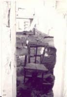 Tonnara 1982 circa - particolare del locale del barbiere  - Granitola (4446 clic)