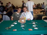 Espolama 2007: mostra mercato sulla coltelleria a Lugano (Svizzera), al tavolo con il mio grandissimo amico Antonio  - San fratello (3740 clic)