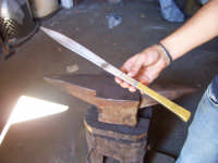 Coltello artigianale Sanfratellano forgiato a mano, manico in rame  - San fratello (5498 clic)