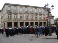 4 Novembre 2007 - Foto 09. Autorita' e cittadini davanti al Monumento ai caduti.  - Mistretta (3260 clic)
