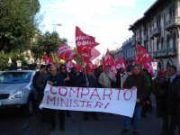 Manifestazione sindacale del 12 Dicembre 2008 (11). Corso Cavour.     - Messina (3062 clic)