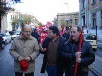 Manifestazione sindacale del 12 Dicembre 2008 (14). Corso Cavour.     - Messina (2666 clic)