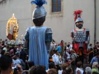 Madonna della Luce coi Giganti 8 Settembre, in processione con la Madonna della Luce scortata dai giganti.  - Mistretta (4683 clic)