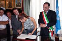 Festeggiamenti a Miss Italia 2008 Miriam Leone  - Aci catena (3114 clic)