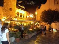 per le vie del centro  - Taormina (3145 clic)