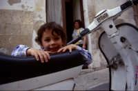 vita quotidiana nei quartieri del centro storico  - Noto (4000 clic)