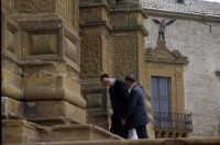 davanti la cattedrale  - Piazza armerina (3264 clic)